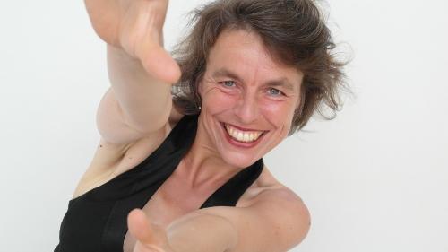 Tantra-Massage erlernen mit Christine Andersch: Sie leitet die Tantraworkshops und begleitet Sie während der Tantramassage.